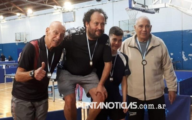 Circuito Tenis : Puntaltenses disputaron la tercera fecha del circuito tenis de mesa